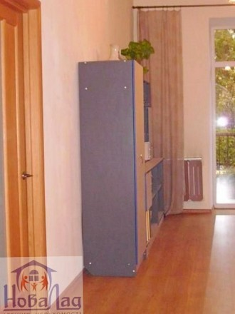 2 комнатная сталинка 69 м2 возле Площади. Квартира располагается на 2 этаже 3 эт. Украина, Чернігів, Чернігівська область. фото 3