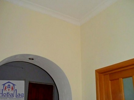 2 комнатная сталинка 69 м2 возле Площади. Квартира располагается на 2 этаже 3 эт. Украина, Чернігів, Чернігівська область. фото 4