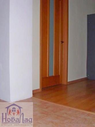 2 комнатная сталинка 69 м2 возле Площади. Квартира располагается на 2 этаже 3 эт. Украина, Чернігів, Чернігівська область. фото 5
