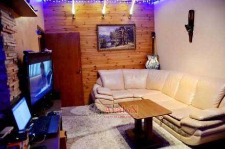 Продам двухкомнатную квартиру,3-х подъездного дома. Расположена возле парка Гор. Малиновський, Одеса, Одеська область. фото 2