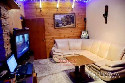 Продам двухкомнатную квартиру,3-х подъездного дома. Расположена возле парка Гор. Малиновський, Одеса, Одеська область. фото 1