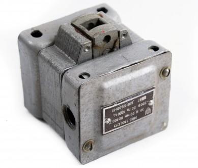 Электромагнит МИС-1100 220В; МИС-2200ЕУ3 220В; ЭМ33-6111 127В; Контактор ТКС403Д. Чернигов. фото 1