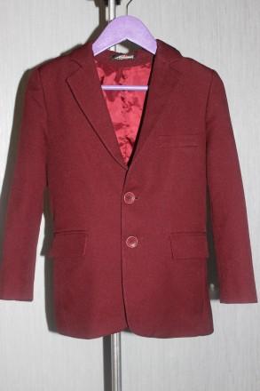 Продаємо наш шкільний піджачок у доброму стані.  Гарна якість тканини - 60% вовн. Новоград-Волынский. фото 1