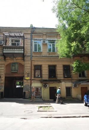 Продается квартира общей площадью 95 кв.м, двусторонняя, 4 раздельные комнаты 12. Приморський, Одеса, Одеська область. фото 2