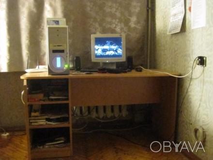 Стол новый большой, удобный для учебы или работы ( компьютер, принтер и т.д.), с. Одесса, Одесская область. фото 1