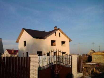 Продается  новый  трехэтажный  дом  350/210/40 м2  в  центре  нового  элитного  . Бориспіль, Бориспіль, Київська область. фото 2