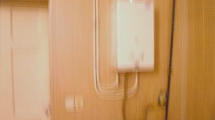 Сдам гостинку в блоке на 3 комнаты ( кухня, душ, туалет на 3 семьи), соседи поря. Комінтернівський, Харків, Харківська область. фото 8