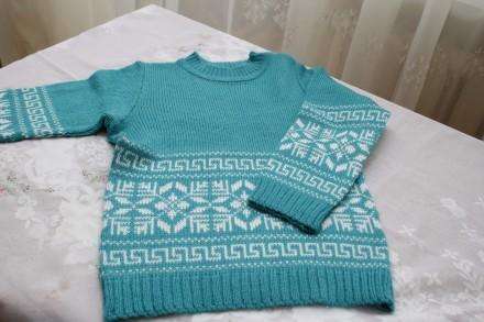 свитер с греческим рисунком и снежинкой. Одесса. фото 1