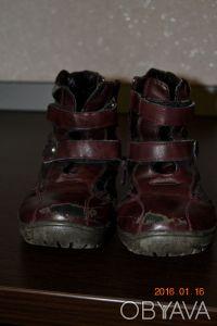Продам обувь для девочки  фото1-2 цена 20гр  фото3-54бесплатно  фото5-6 30гр . Сумы, Сумская область. фото 3