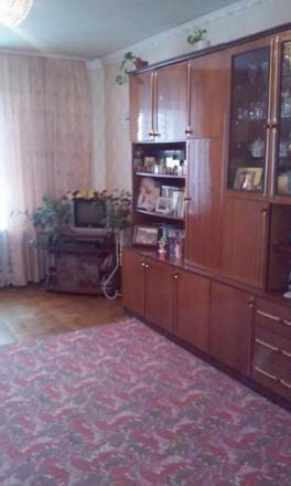 Общая площадь  46,4 м², комната  18,1 м², кухня 11,7 м², ванная комната  4,4 м²,. Киев, Киевская область. фото 3