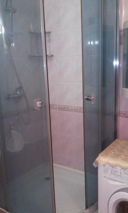 Общая площадь  46,4 м², комната  18,1 м², кухня 11,7 м², ванная комната  4,4 м²,. Киев, Киевская область. фото 5