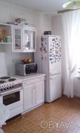 Общая площадь  46,4 м², комната  18,1 м², кухня 11,7 м², ванная комната  4,4 м²,. Киев, Киевская область. фото 1