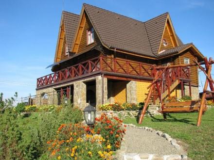 -расположен на высоте 1 км над уровнем моря с панорамным видом Карпатских хребто. Міжгір'я, Закарпатська область. фото 5