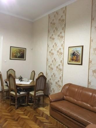 Продається квартира в хорошому стані з гаражем у дворі.. Мукачево, Закарпатська область. фото 7