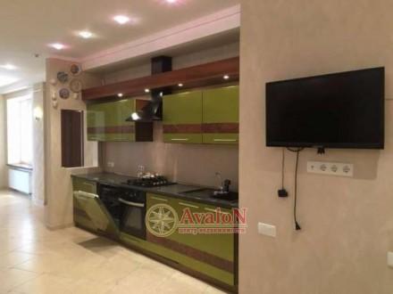 3 раздельные комнаты укомплектованные мебелью  кухня-столовая с мебелью и техни. Таірова, Одеса, Одеська область. фото 2