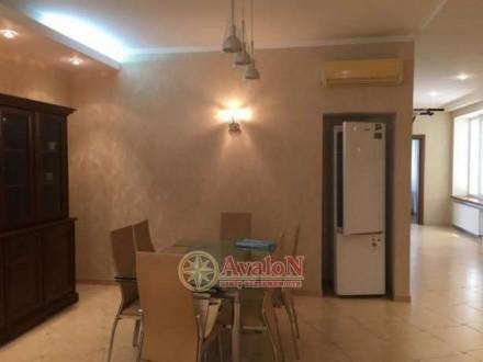 3 раздельные комнаты укомплектованные мебелью  кухня-столовая с мебелью и техни. Таірова, Одеса, Одеська область. фото 4