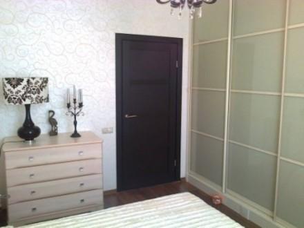 2/10, 90/50/16. Квартира с дорогим евроремонтом. МПО, h- 3 м. в большой комнате . Таірова, Одеса, Одеська область. фото 2