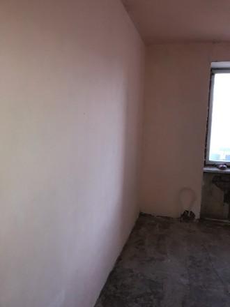 Квартира полностью отшпатлевана, в большой комнате панорамное застекление металл. Селище Котовського, Одеса, Одеська область. фото 7