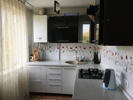 Квартира сучасного проектування, з кімнатою-студією, спальнею, гардеробною і дит. Мукачево, Закарпатська область. фото 2