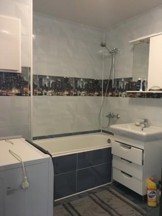 Квартира сучасного проектування, з кімнатою-студією, спальнею, гардеробною і дит. Мукачево, Закарпатская область. фото 3