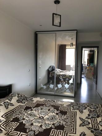 Квартира сучасного проектування, з кімнатою-студією, спальнею, гардеробною і дит. Мукачево, Закарпатська область. фото 4