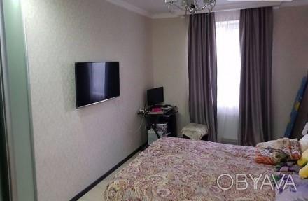 Продается однокомнатная квартира 43,3 кв. м. Кухня-студия + спальня. В квартире . Приморський, Одеса, Одеська область. фото 1