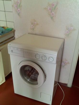 без хозяев комната в 2комнатной мебель интернет стиралка-автомат телевизор и др. Троещина, Киев, Киевская область. фото 2