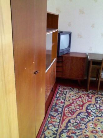 без хозяев комната в 2комнатной мебель интернет стиралка-автомат телевизор и др. Троещина, Киев, Киевская область. фото 5