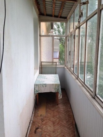 продам 4-х комнатную квартиру в тихом центре. МП окна, большой ( на две комнаты). Центр, Херсон, Херсонська область. фото 4