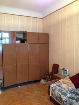 продам 4-х комнатную квартиру в тихом центре. МП окна, большой ( на две комнаты). Центр, Херсон, Херсонська область. фото 2