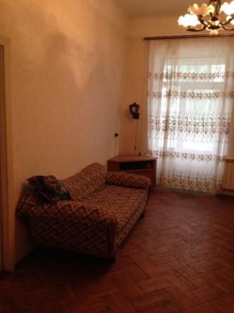 продам 4-х комнатную квартиру в тихом центре. МП окна, большой ( на две комнаты). Центр, Херсон, Херсонська область. фото 3