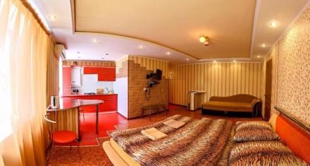 Продам двухкомнатная квартира в центре с автономным отоплением. С мебелью, конд. Центр, Херсон, Херсонская область. фото 2