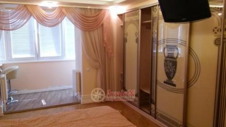 Уютная 4-х комнатная квартира в 10-ти этажном добротном доме из белого силиката . Київський, Одеса, Одеська область. фото 2