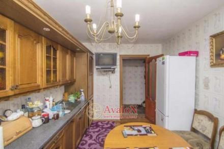 Срочно продается 4-х комнатная квартира.  Дом кирпичный. Сделан капитальный ремо. Таірова, Одеса, Одеська область. фото 2