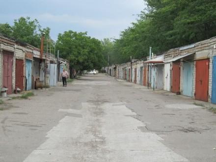 """Капитальный гараж №79, находится на поселке АКЗ в Кооперативе """"Чайка"""". Размеры :. Бердянськ, Запорізька область. фото 5"""