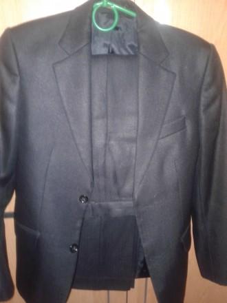 шикарный итальянский костюм. Кропивницкий. фото 1
