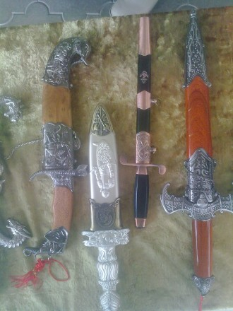 Коллекция 14 антикварных кинжалов (Хорошие копии из Китая). Херсон, Херсонская область. фото 6