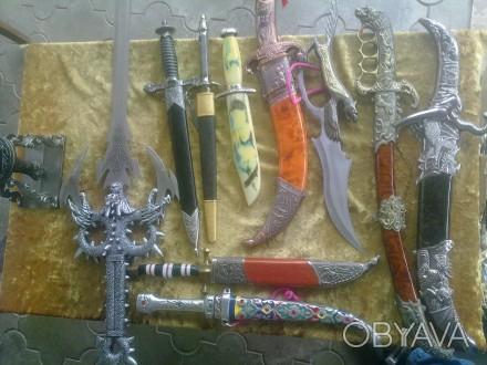 Коллекция 14 антикварных кинжалов (Хорошие копии из Китая). Херсон, Херсонская область. фото 1