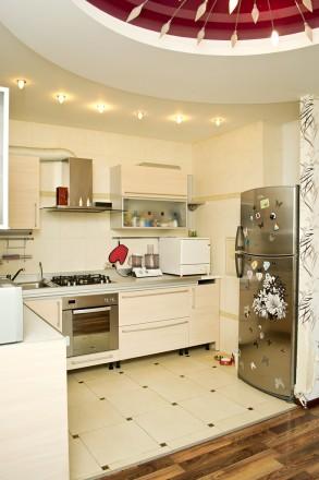 В продаже 3х комн.квартира 116 кв.м.в новострое на ул. Малиновского.  Кухня- ст. Солнечный, Днепр, Днепропетровская область. фото 2