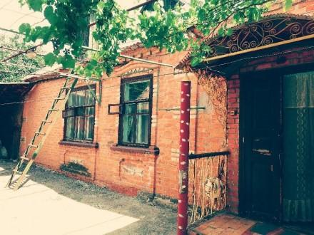 Продам газифицированный дом по ул. Горького 65,из красного кирпича. Размер дома . Токмак, Запорожская область. фото 3