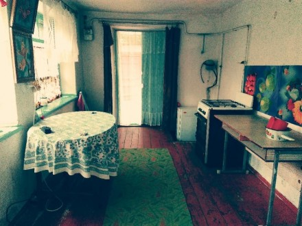 Продам газифицированный дом по ул. Горького 65,из красного кирпича. Размер дома . Токмак, Запорожская область. фото 5