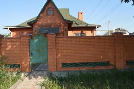 Дом из кирпича с отделкой. Каминный зал. Гараж на две машины (тип внедорожник).. Ізмаїл, Одеська область. фото 3