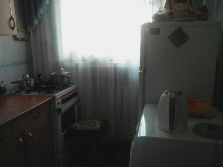 продам  мс по центру,2/5 кирпич,жилое состояние,не угловая,с\у\совмещен. Центр, Житомир, Житомирська область. фото 7