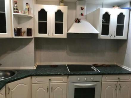 Продается квартира на Добровольского. Квартира перестроена в 3 комнатную, лоджии. Суворовське, Одеса, Одеська область. фото 2
