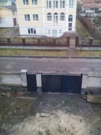 Будинок перекритий та утеплений фасад будинку пінопластом,короєд. Стіни поштукат. Житомир, Житомирская область. фото 9