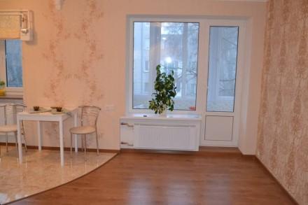 Продаётся 2-х комнатная квартира улучшенной планировки в Центре г.Херсон, ул. Ко. Центр, Херсон, Херсонська область. фото 8
