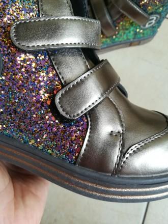 Ботинки отличного качества, очень удобные, проверенные на нашем ребенке, смотрят. Тернополь, Тернопольская область. фото 4