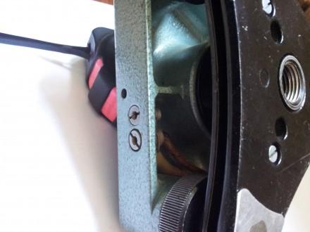 Подставка ,трегер, для теодолита под винт, б-у, в хорошемрабочем состоянии, все. Чернигов. фото 1