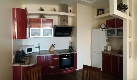 Квартира полностью меблирована и оснащена бытовой  техникой: встроенная мебель и. Великий Фонтан, Одеса, Одеська область. фото 4