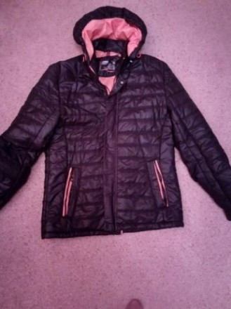 Куртка подростковая демисизонная для мальчика. Цвет черный, подкладка оранжевая,. Киев, Киевская область. фото 2